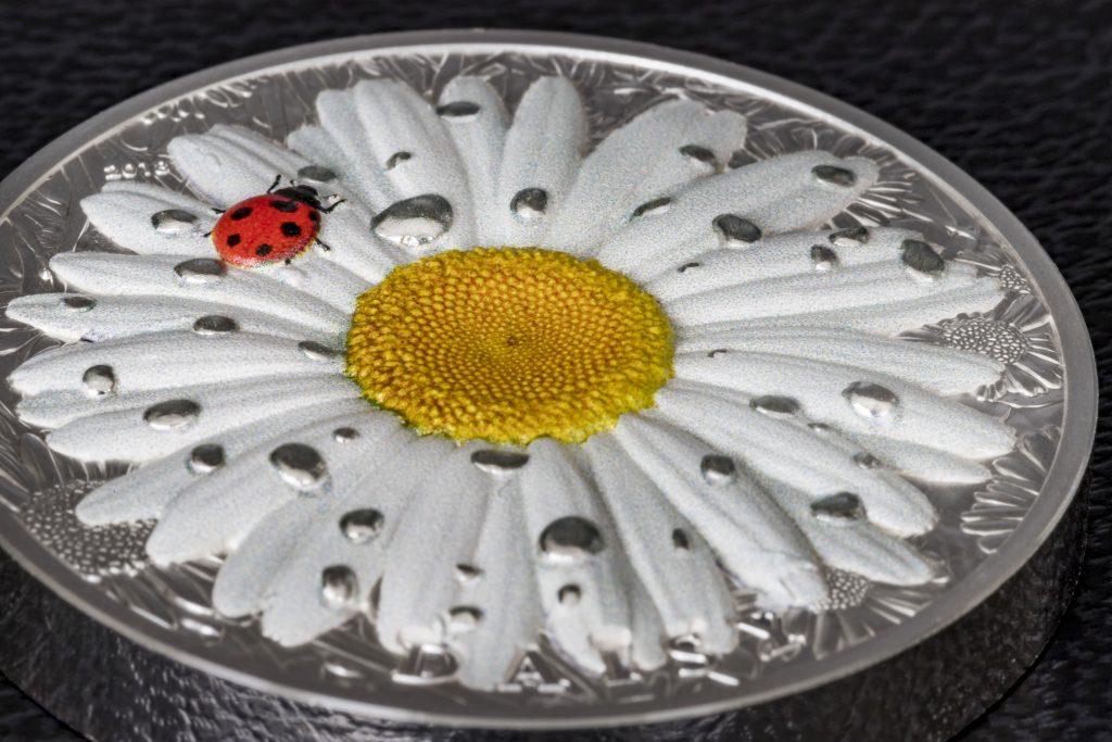 Palau 2018 10 Dollars Daisy Ladybug Silver Coin